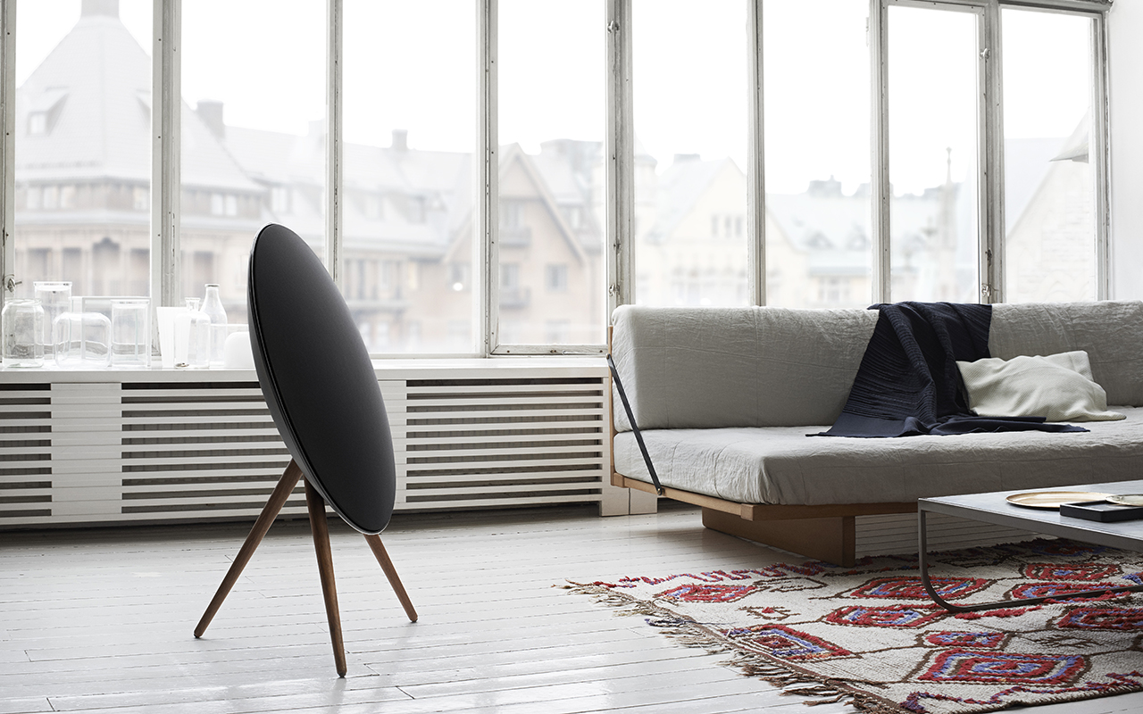 bang olufsen beoplay a9 review blogic. Black Bedroom Furniture Sets. Home Design Ideas